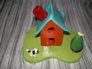 A little clay house!